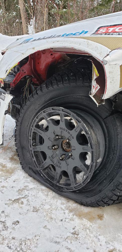 broken-fender-rallycar